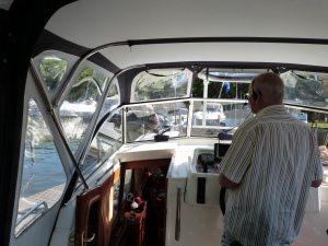axiwi-communicatie-watersport-aanmeren-kajuit