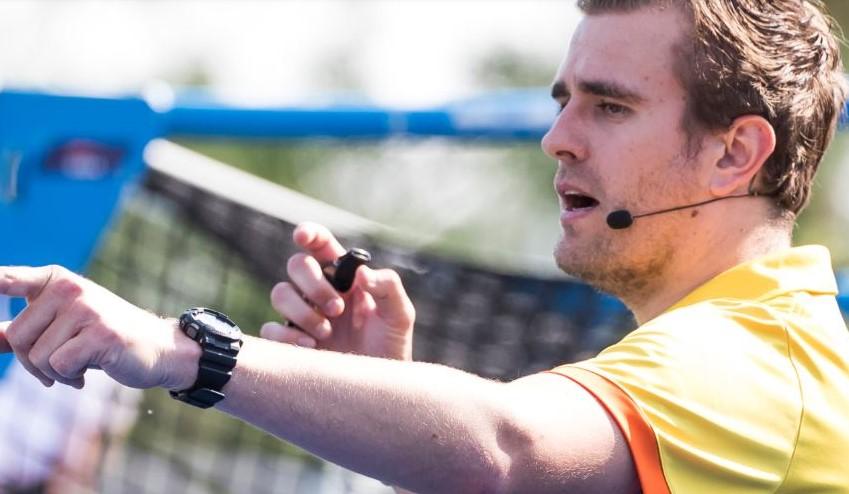 Ook topscheidsrechters Koninklijke Nederlandse Hockey Bond (KNHB) fluiten met AXIWI®