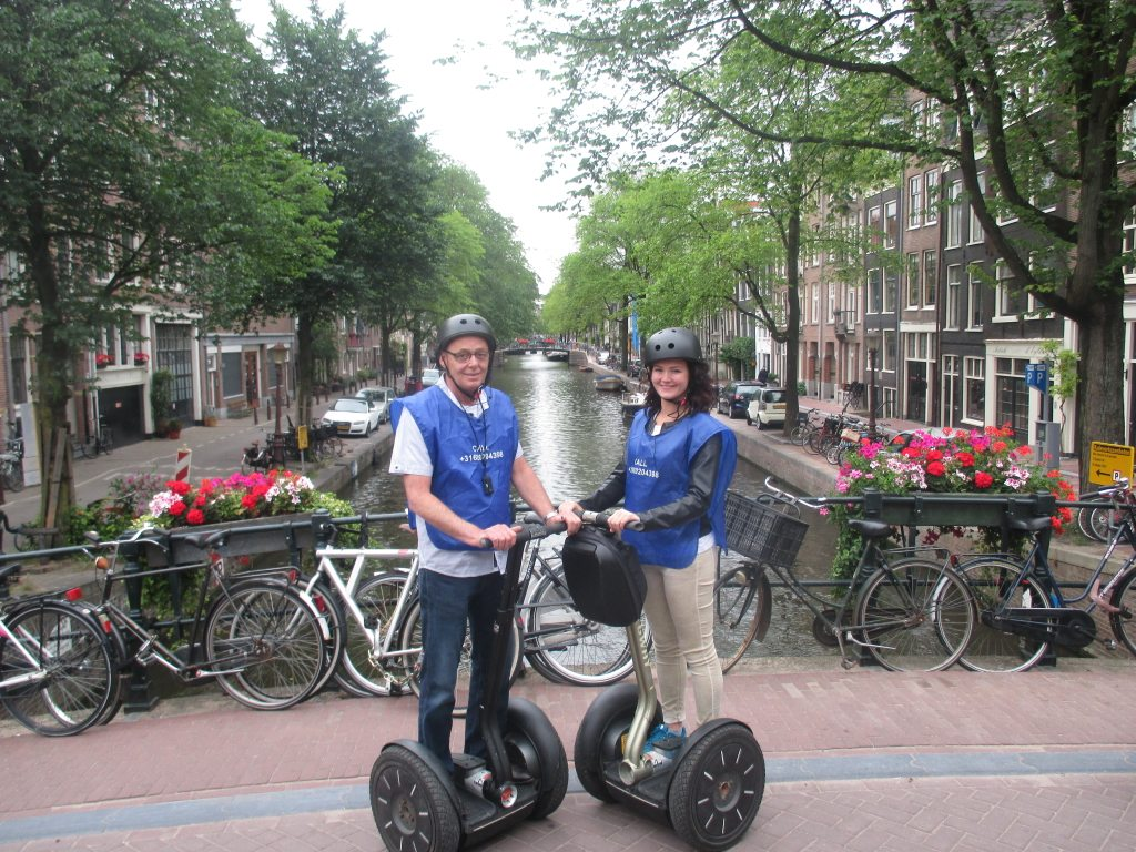 axiwi-communicatie-systeem-rondleiding-segway-groep-gracht