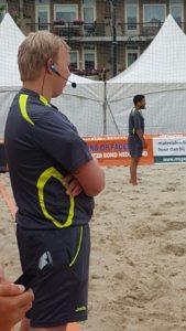 axiwi-communicatie-systeem-nk-beach-soccer-2016-scheidsrechters
