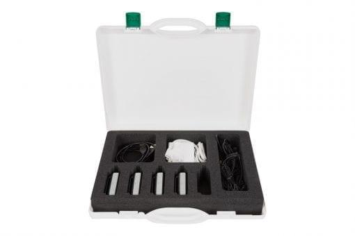 axiwi-at-350-communicatie-systeem-ref-007-scheidsrechter-koffer-4-units-binnenkant