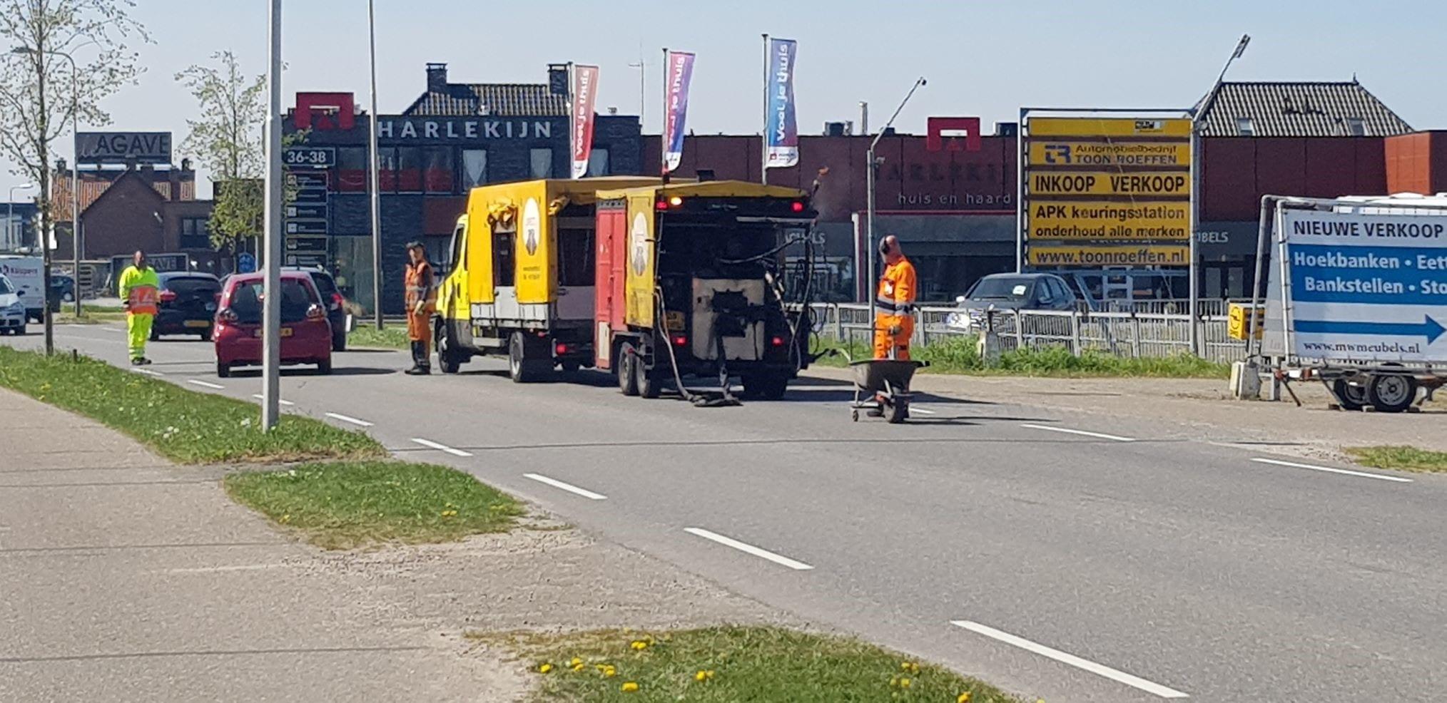 direct-infra-werkt-veiliger-tijdens-asfalteerwerkzaamheden-met-axiwi