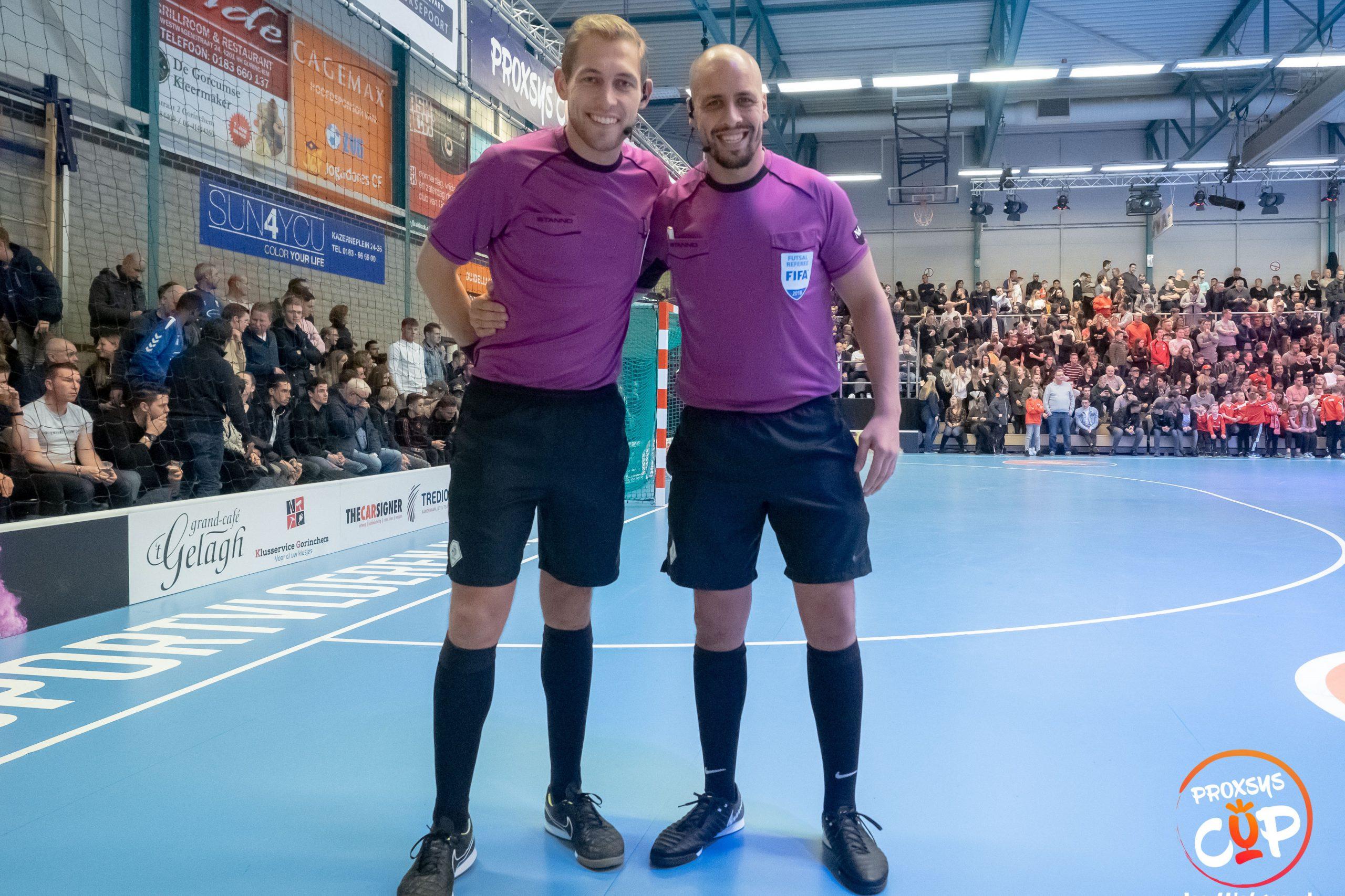 axiwi-communicatie-systeem-zaalvoetbal-futsal-scheidsrechters